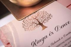 2019_EskuvoiMeghivo_UFP_KingaBence_TreeOfLove_01.indd