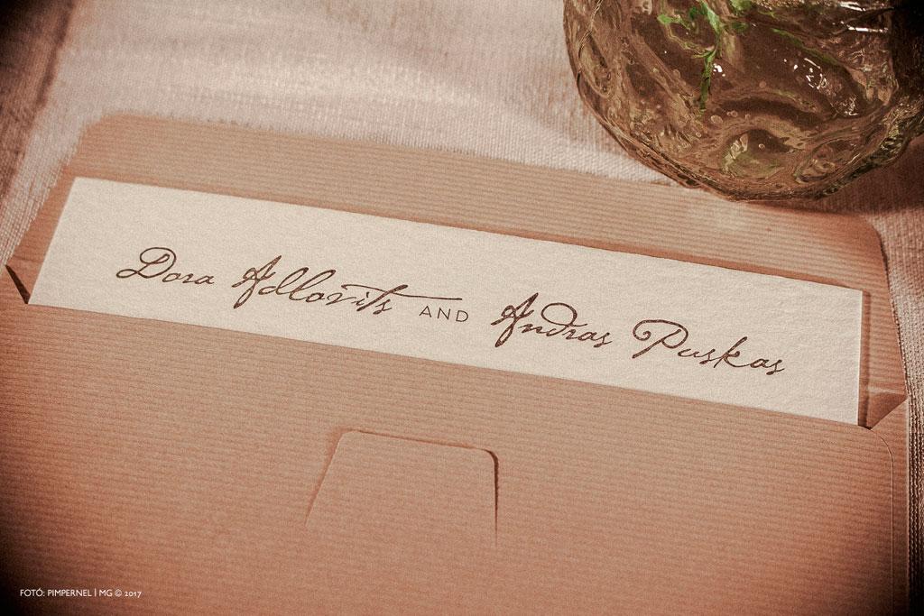 Dóra és András egyedi letterpress meghívója