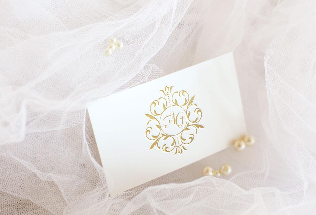 18_Golden-letterpress