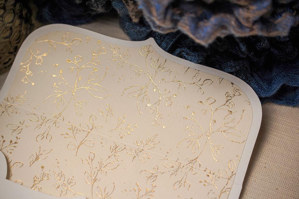 Golden Blossoms Vanilla White Edition – arany béléses meghívó